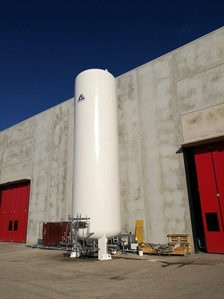 cryogenic tank manufacturing